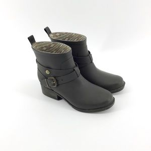 Lucky Brand | Dark Green Strappy Ankle Rain Boots